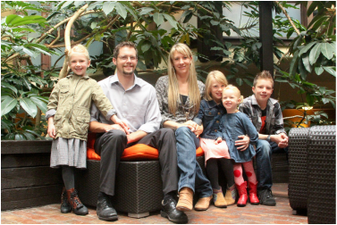 Dr Joe Perin NUCCA chiropractor in Vancouver Washington with Family